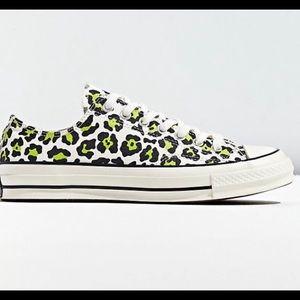 Converse Chuck 70 Archive Neon Print Low Sneaker